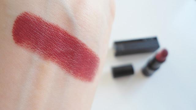 Note Cosmetics Mattemoist 304 Spring Ruj