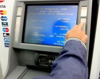 Bahaya, Segera Ganti Kartu ATM BTN Anda