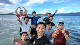 Pantai di Pulau saronde