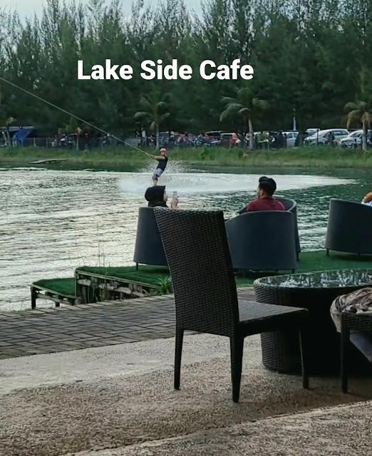 Lake Side Cafe