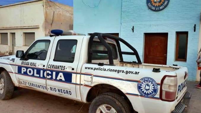 Taxista de Roca fue detenido tras romper una prohibición de acercamiento y fugarse por la Ruta 22