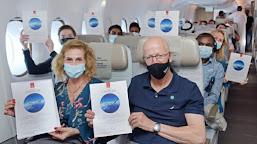 Penerbangan EK2021 UEA Rayakan Keberhasilan Program Vaksinasi dan Kembalinya Industri Perjalanan