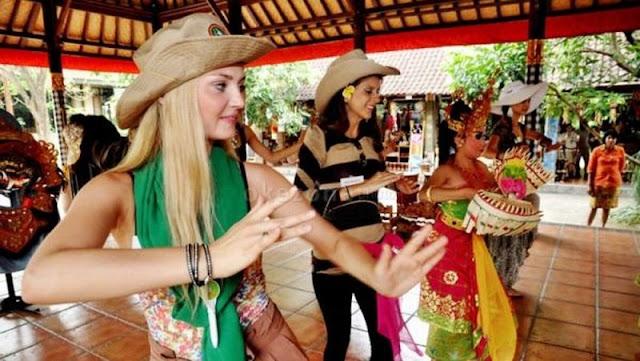 Malaysia Terbanyak, Sudah 7,83 Juta Kunjungan Wisatawan Mancanegara ke Indonesia Tahun Ini