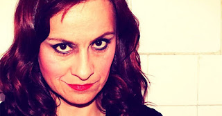 Ella Becerra (Kassandra)