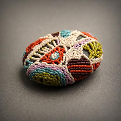 авторский сувенир ручной работы декор для дома купить камень галька фриформ