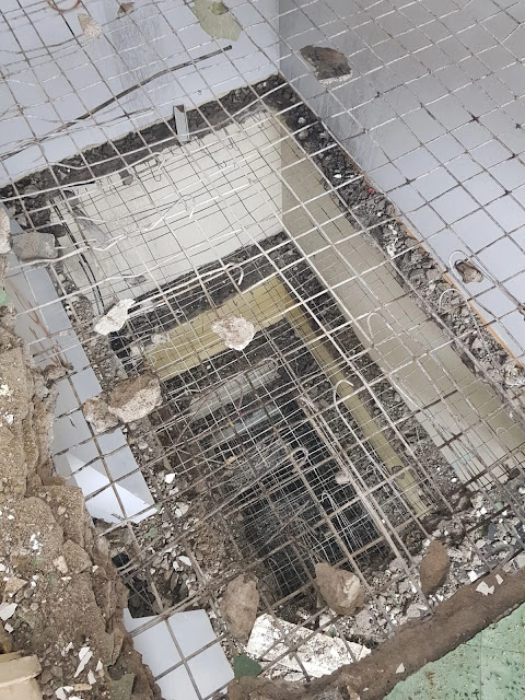 elle bina yıkımı