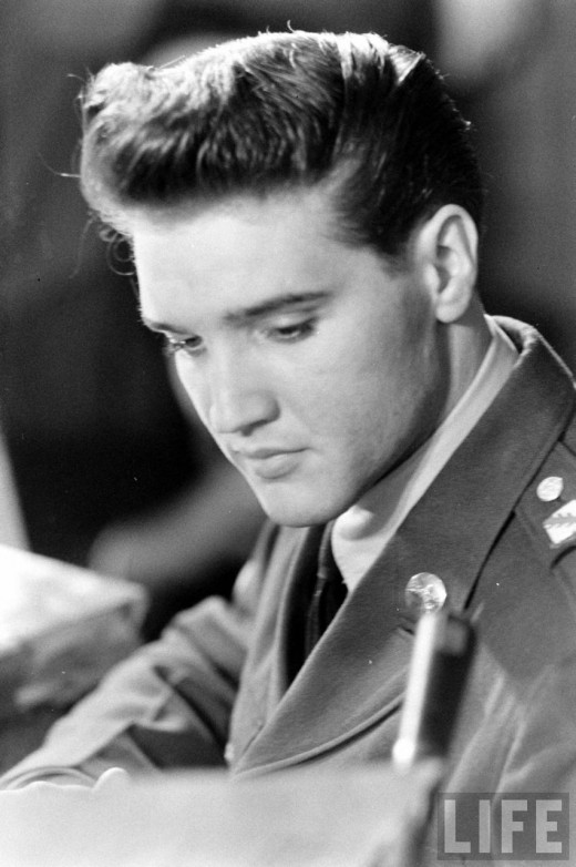 vintage everyday elvis returning from the army march 1960