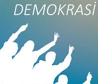 Ellerini kaldırarak söz isteyen insan siluetlerinden oluşan ve demokrasiyi anlatan görsel