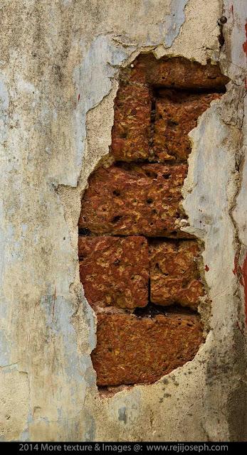 Broken Wall Texture 00001