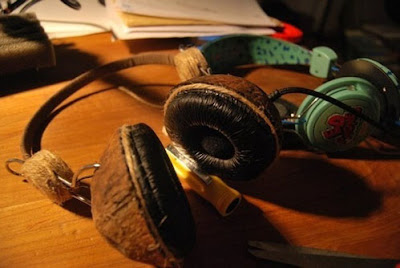 Creative and Unusual Headphones (18) 18