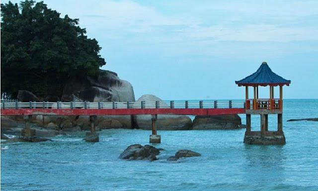 4. Pantai Tanjung Pesona