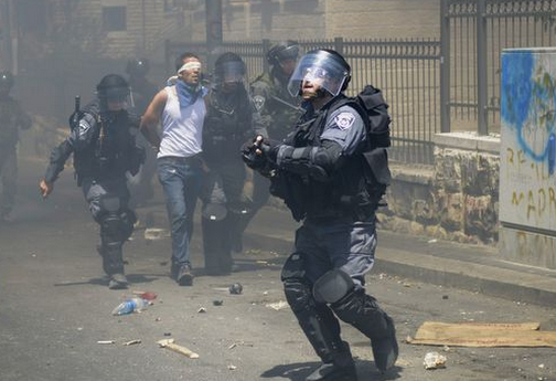 The 'dirty water', armed riot and collective punishment in Israel