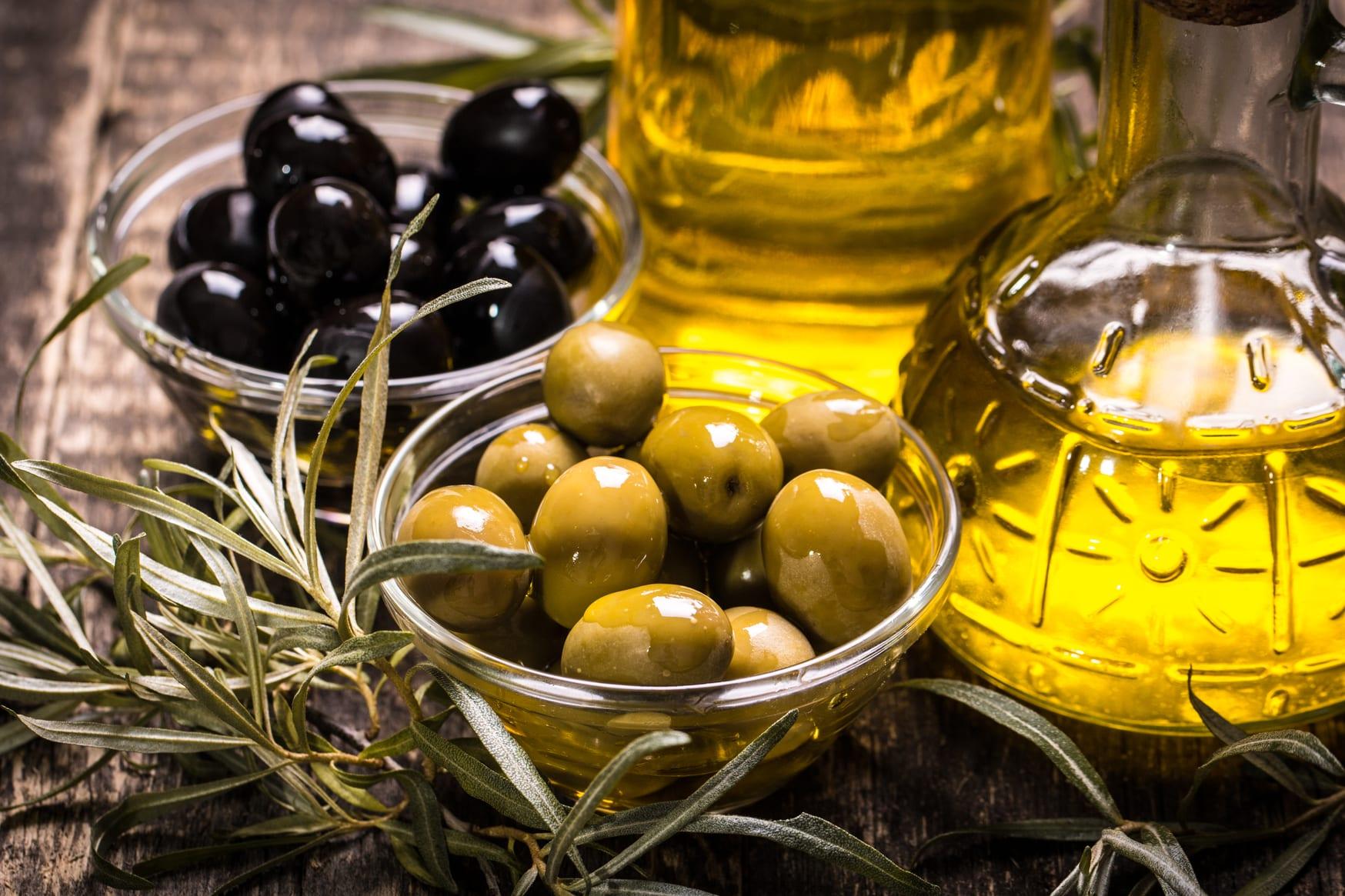 Zeytin yaprağı çayı yapımı Zeytin yaprağı çayı  nasıl yapılır Zeytin yaprağı çayı nasıl içilir Zeytin yaprağı çayı faydaları