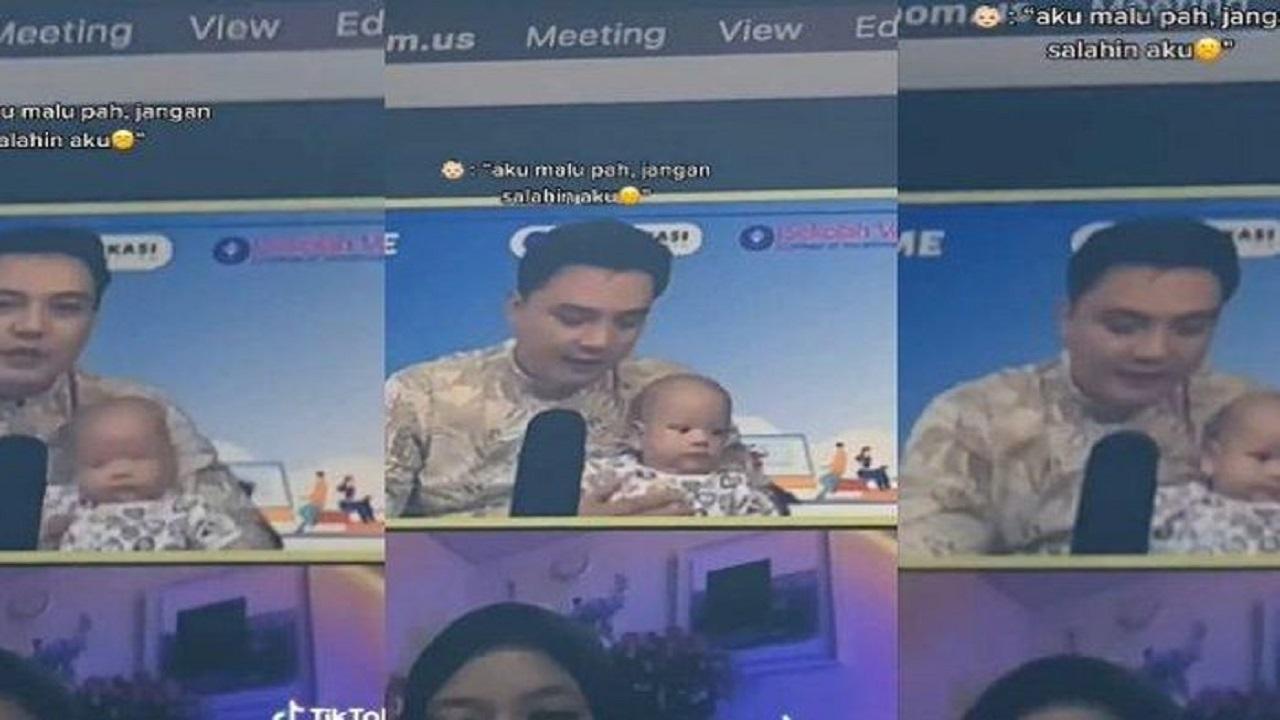 Viral Dosen Ngajar Daring Sambil Gendong Anaknya yang Masih Bayi, Mahasiswa: Seneng Banget, Ada Hiburan