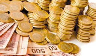 Euro in affanno, scivola sui minimi di un mese e mezzo sul d