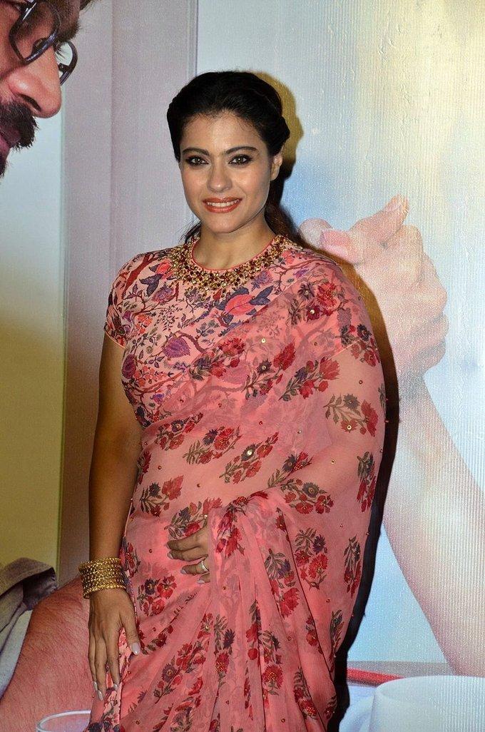 Kajol Mukherjee Hip Navel Show In Pink Saree