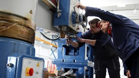 Álláskeresők és fiatalok vállalkozóvá válását segítik a Nyugat-Dunántúlon