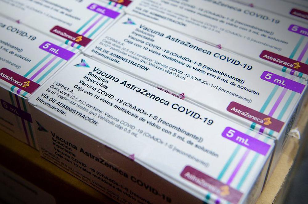 Vacuna de AstraZeneca: aseguran que retrasar la segunda dosis aumenta los anticuerpos