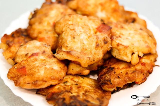 dania obiadowe, kotlety, kotlety z piersi kurczaka, kotlety z fileta z kurczaka, kotleciki z papryką i cebulą, kotleciki z piersi kurczaka, pomysł na obiad,