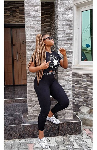 Yemi-Alade-serves-major-HOTNESS-on-Instagram-1