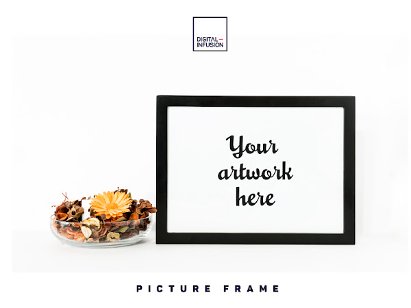 Download Picture Frame Mockup Free