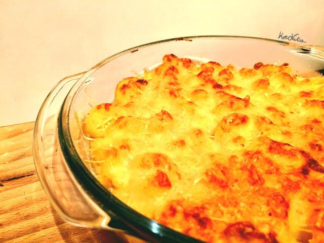 potrawa z sosem serowym