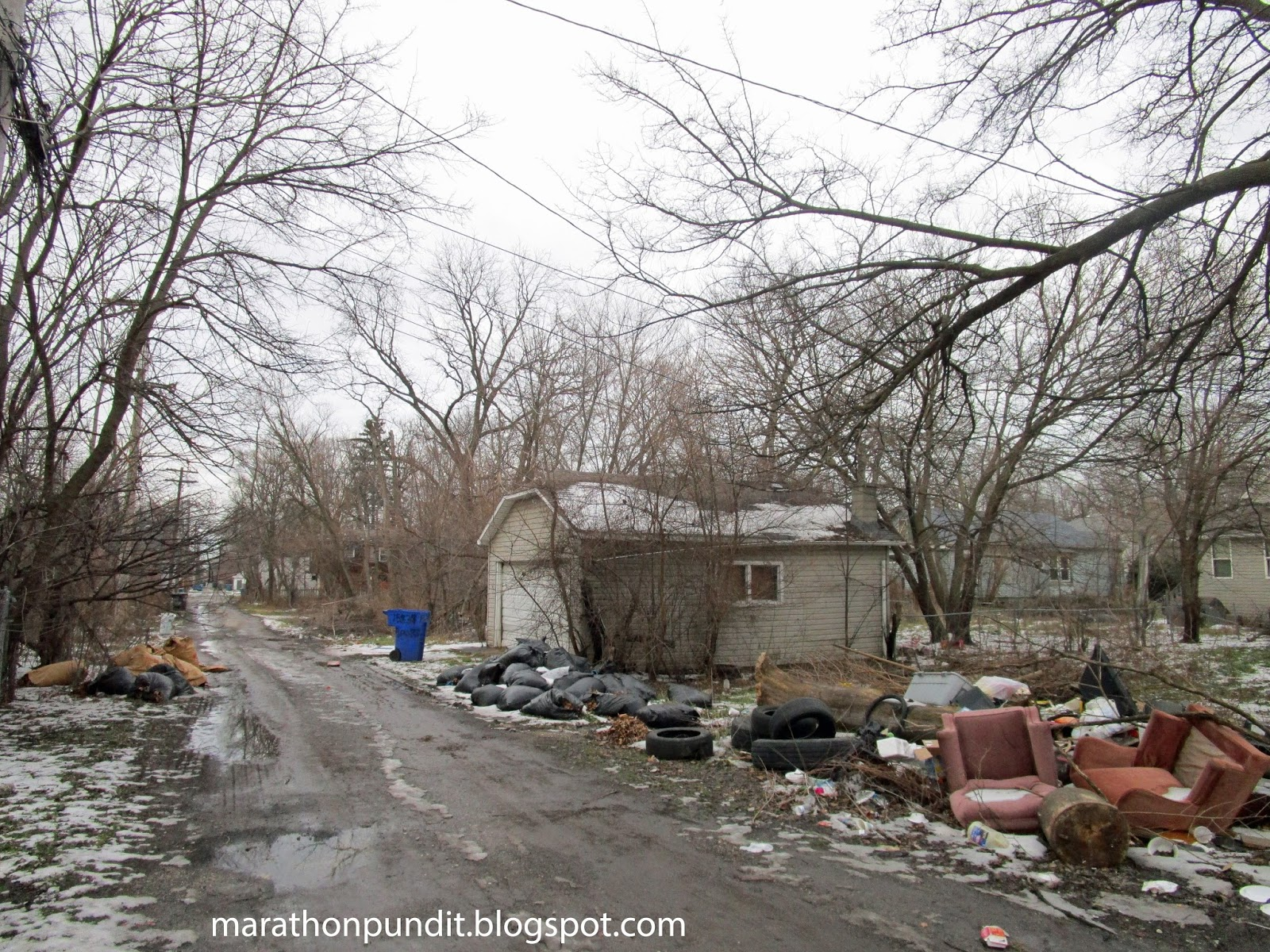 Marathon pundit photos abandoned homes in the corrupt for Jj fish and chicken chicago il
