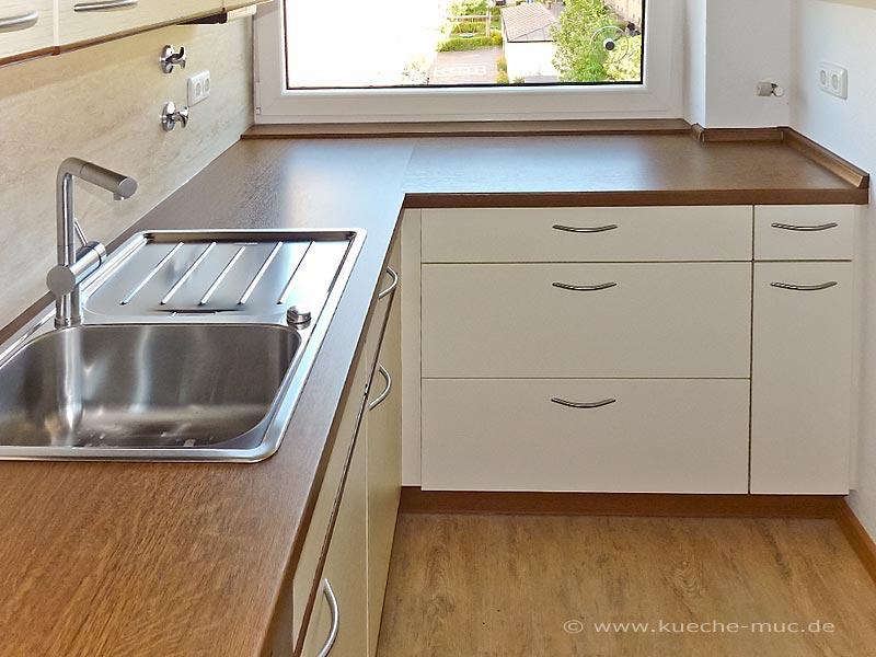 wir renovieren ihre k che arbeitsflaeche der kueche erweitern. Black Bedroom Furniture Sets. Home Design Ideas