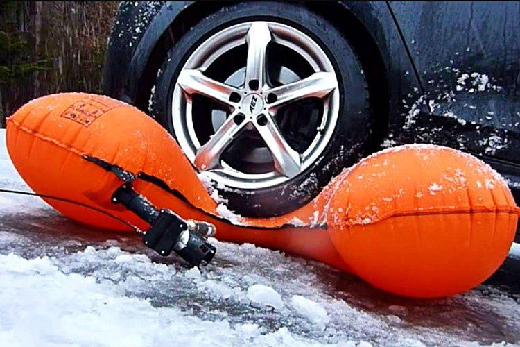 Alpride E1 kar sporlarını sevenler için tasarlanmış bir hayat kurtarma çantasıdır.