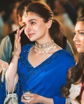 Mafia Queens of Mumbai Actress.
