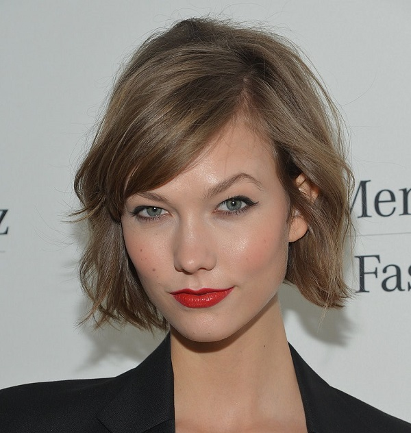 Kiểu tóc xoăn ngắn đẹp cho nữ