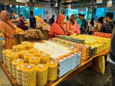 Beli souvenir di Cimory On The Valley Semarang