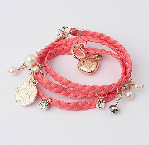 Pictures: Girls Hand Bracelet In Many Shades
