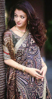 Aishwarya Rai In Saree With Long Hairs