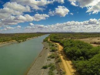 Eixo leste da transposição garante água para 4,5 milhões de pessoas na PB e em PE
