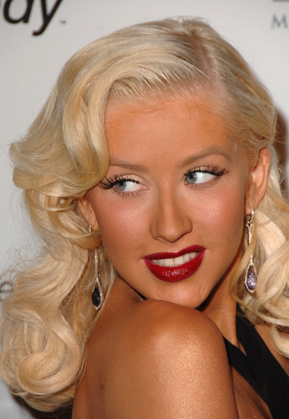How Do I Get Amazing Christina Aguilera Hairstyles Prom Updo Hairstyle Fashion And Event