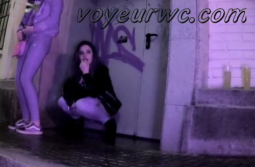 Girls Gotta Go 155-156 (Spanish drunk girls pee in a public place)