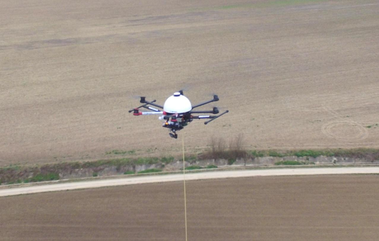 TopView mostra SAV ES, drone vincolato ad autonomia virtualmente illimitata