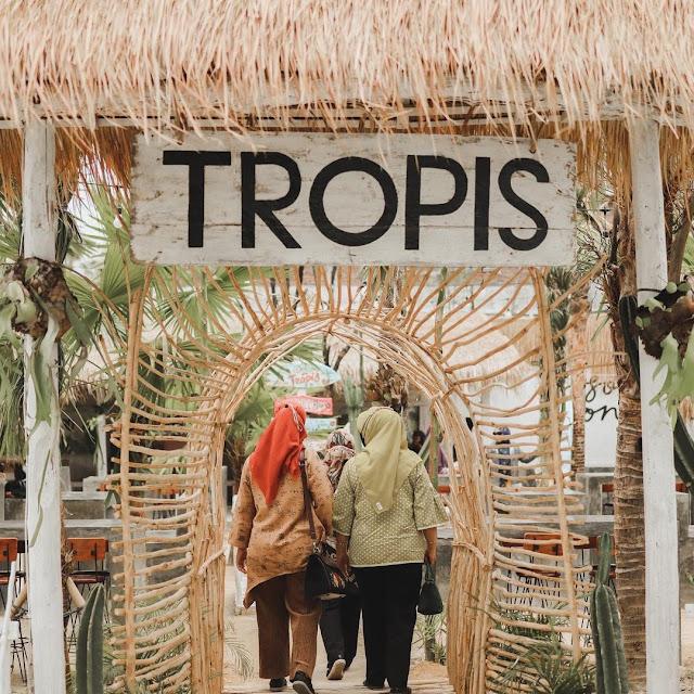 Cafe Tropis UMS Solo Harga Menu, Daya Tarik dan Lokasi