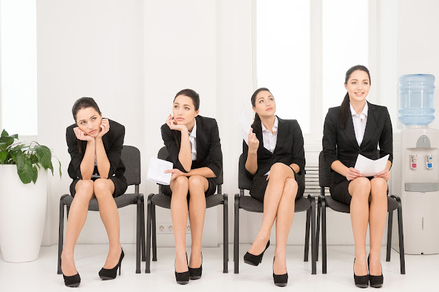 5 Body Language Disasters Job Seekers Make During an Interview