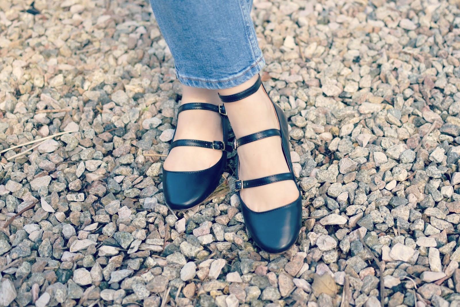 capsule wardrobe new in fleur topshop strap shoes