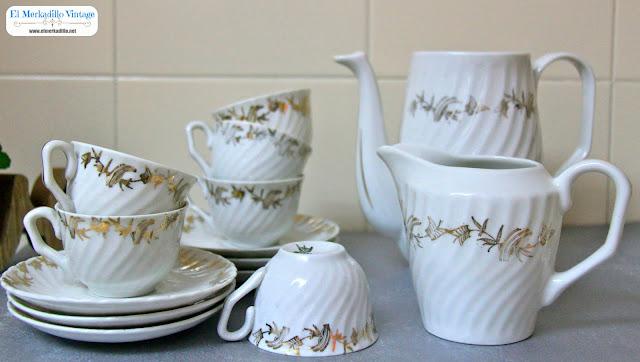 "Juego de Café (14 piezas) Vintage Porcelana ""Royal Gijón"""