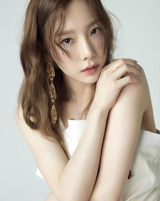 Taeyeon 'SNSD' artis seksi dan manis seksi hot
