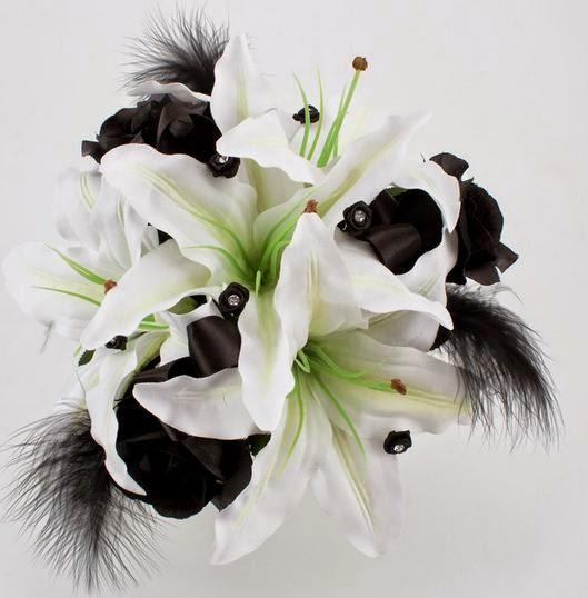 Wedding Bouquet ideas: 30 ideas of black and white wedding bouquet
