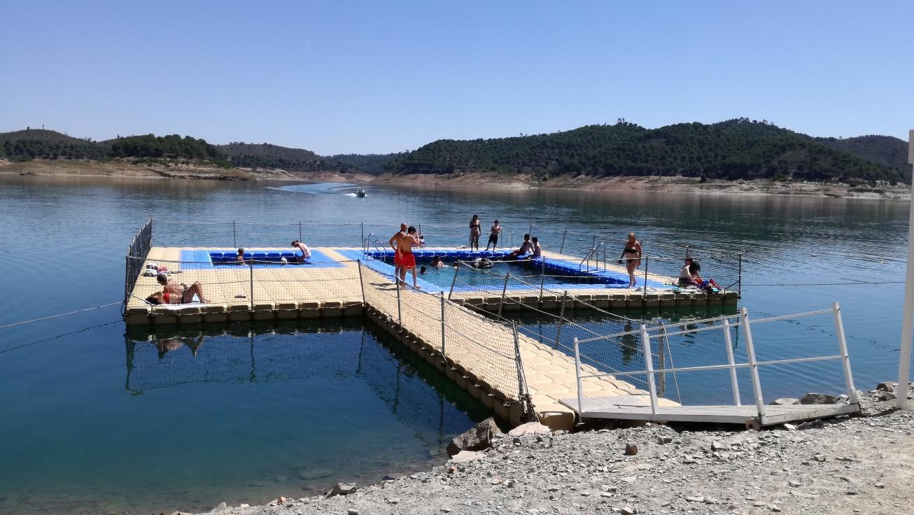 Piscina Flutuante Santa Clara