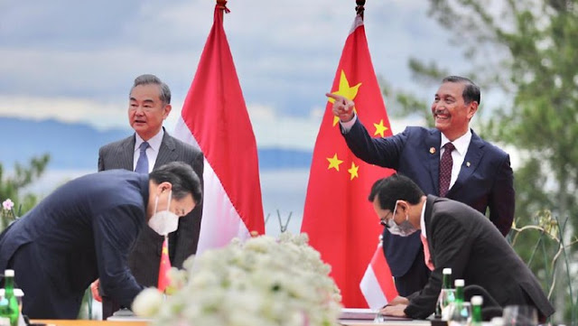 Dulu Bilang Digarap Jepang, Luhut Tawarkan Kereta Cepat JKT-SBY ke China