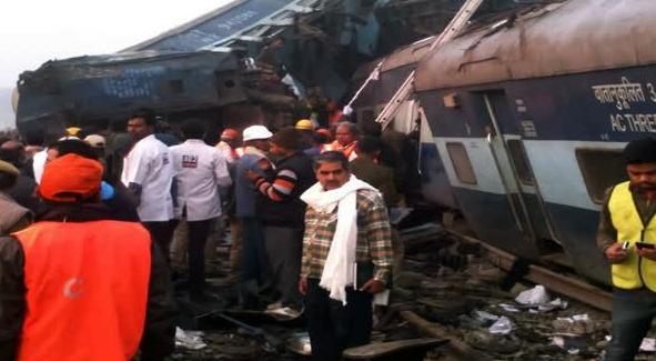 uttar pradesh india train crash
