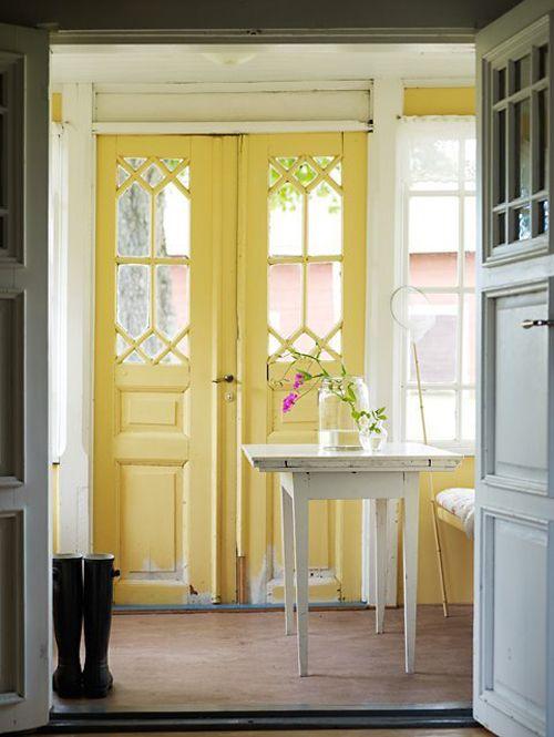 Hướng dẫn cách sửa cửa gỗ bị mối mọt: Nội thất PLAZA 0963.360.360