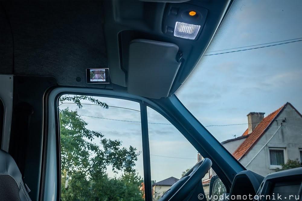 Вид кормы ГАЗ Соболь 4х4 на мониторе