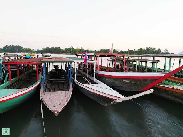 Barcas que llevan a Don Det, Laos